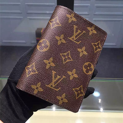 Louis Vuitton PASSPORT COVER M60181 Monogram